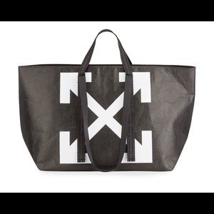 Off-White Wrinkled Commercial Tote